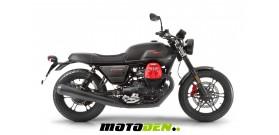 Moto Guzzi V7III Carbon 750